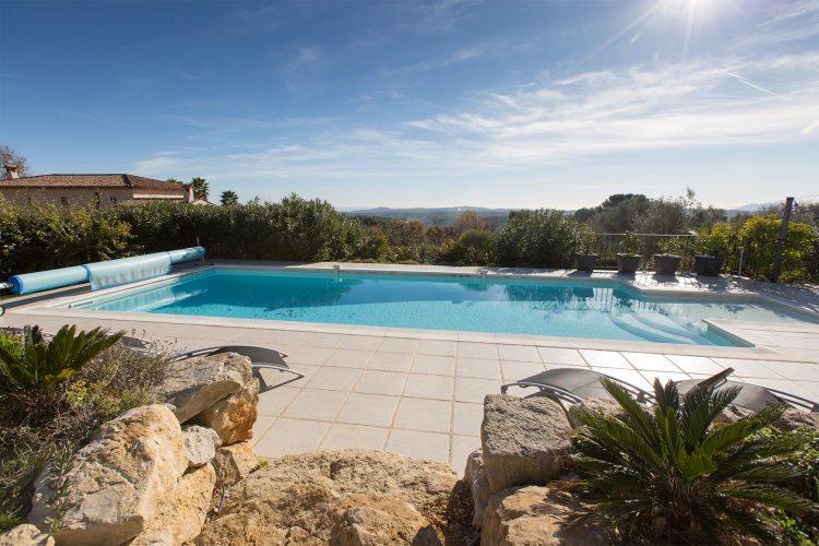 Villa Constantins pool