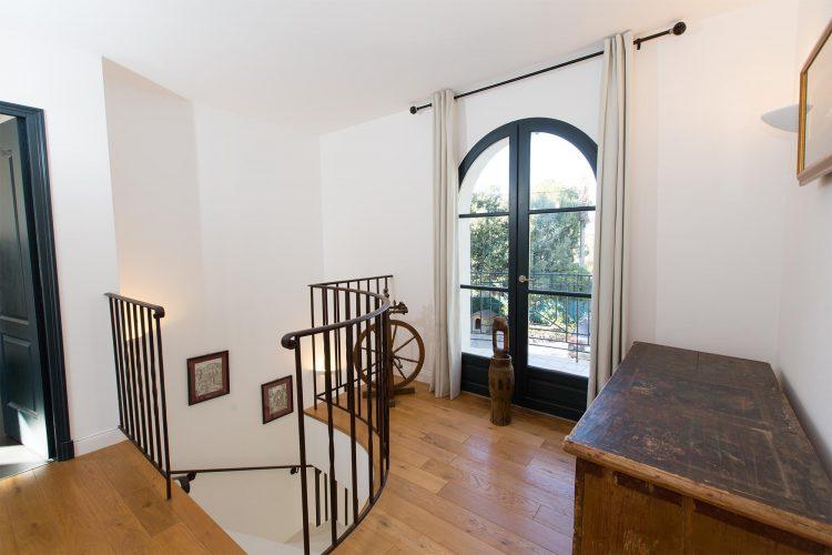Villa Constantins stairs