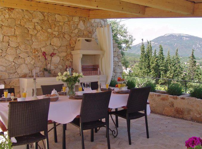 Villa Menuse barbecue area