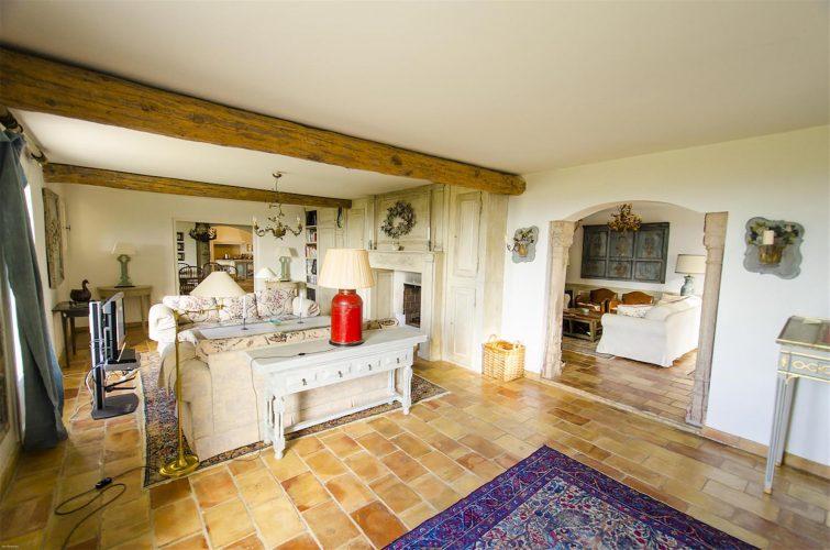 Villa La Bastide des Virettes sitting rooms