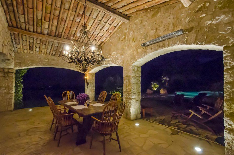 Villa La Bastide des Virettes terrace