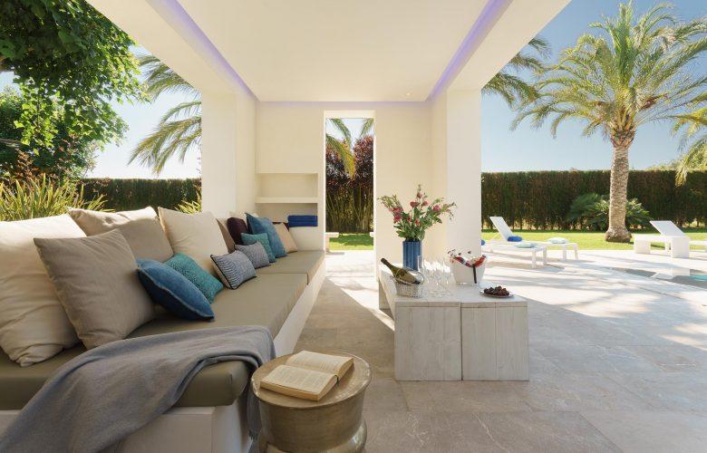 Llenaire terrace