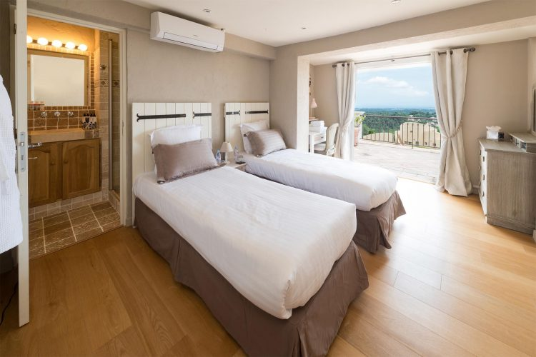 Villa Menuse bedroom 3