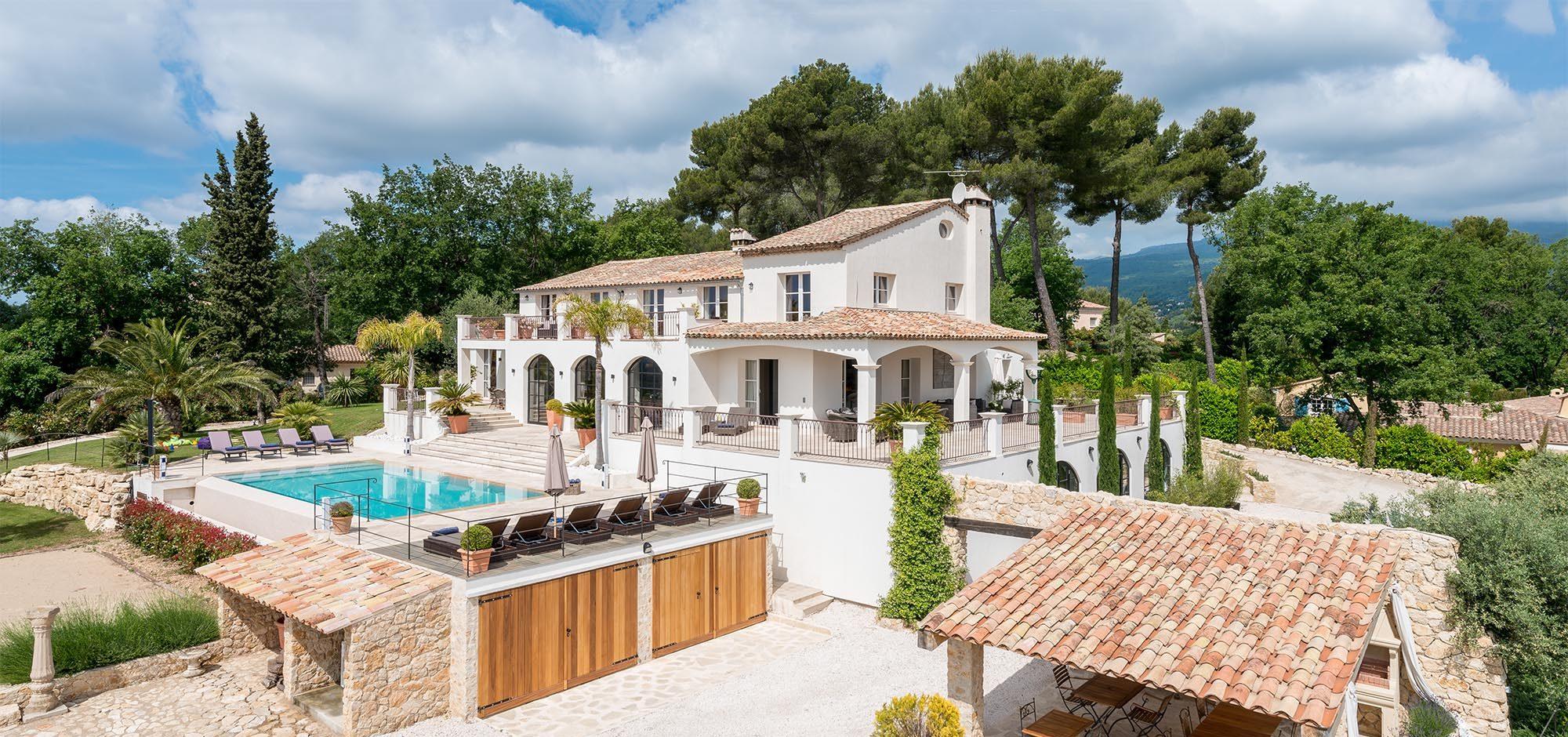 Villa Menuse exterior