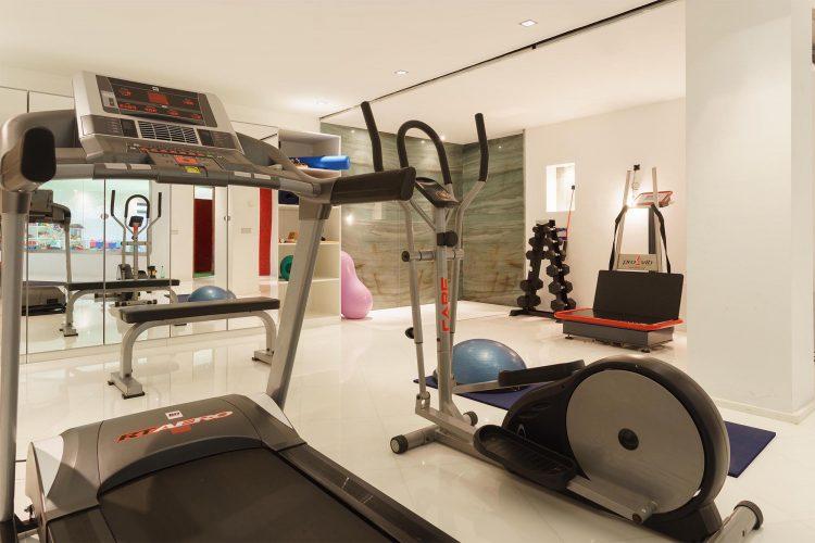Villa Llenaire gym