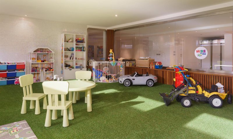 Villa Llenaire playroom
