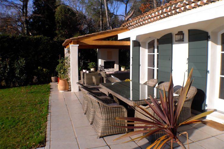 Villa Constantins terrace