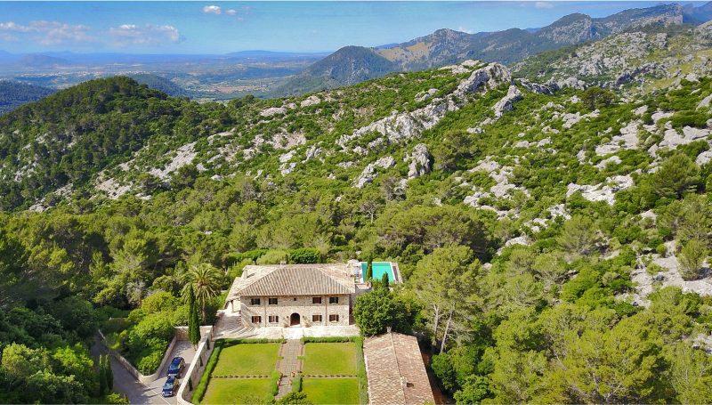 Villa Can Tramuntana exterior