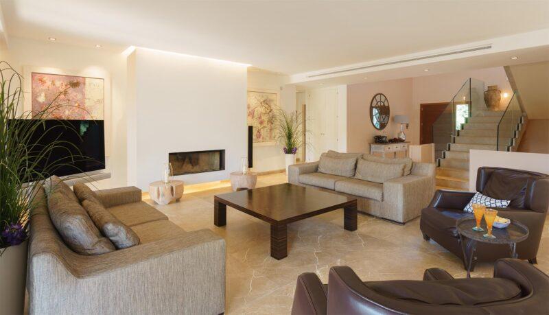 Villa Llenaire sitting room