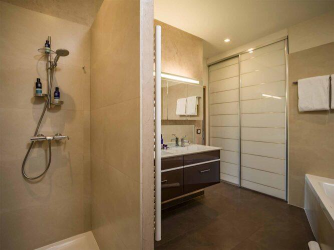 Epure bathroom 1